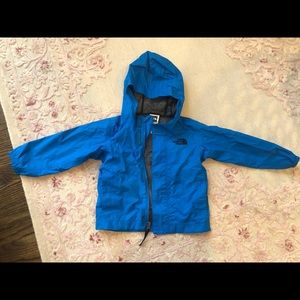 The North Face 2T Rain/Wind Jacket
